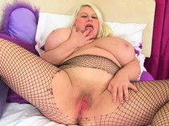 Buxom Milf Gilly From The Uk Is Made For Fucking