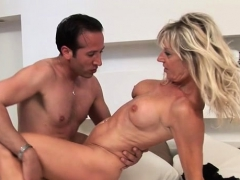 hot-pornstar-sex-and-cumshot