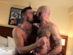 bald-mature-bear-covers-stud-with-jizz