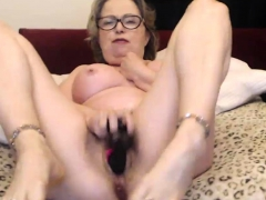 gold-granny-squirting-orgasm-you-wont-believe