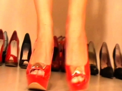 Meladys Shows Her Sexy Shoes