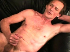 mature-amateur-rick-jacking-off