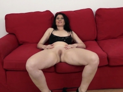 Mature Takes A Bbc Up Her Ass Until It's Filled With Cum!