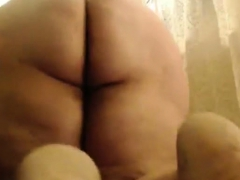 Mature Bbw Plays With Herself On Webcam