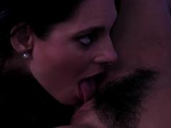 mindi mink scissor fuck her stepdaughter karlee greys cunt – Free XXX Lesbian Iphone