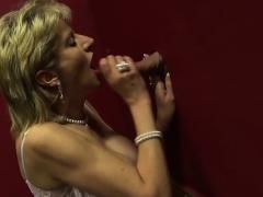 big-tit-lady-sonia-visits-a-gloryhole