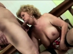 gilf gets down and dirty with horny need granny sex movies