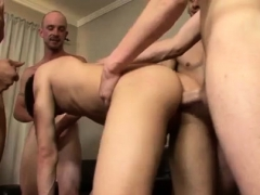 licking-armpit-gay-porn-xxx-little-leon-learns-a-big