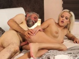Cuckold daddy Surprise your gf and she will screw with