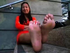 chinese hot foot in public – xtinder.net
