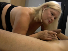 laceystarr-hooker-gilf-creampied-by-a-fortunate-customer