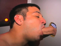 Straight guy uses gloryhole to get blowjob