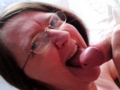 amateur-mature-enjoying-cock