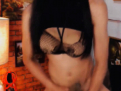 Tranny Jerk Her Cock And Eat Her Cum