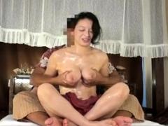 beautiful-big-boobs-layla-fingering-juicy-snatch