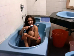 indian-teen-sarika-with-big-boob-in-shower