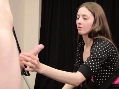 voyeur penis artist gives femdom handjob