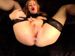 zoey-redhead-amateur-squirting-sex