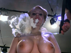 Czech busty slut angel wicky gives collecting cums