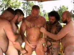 hardcore-bears-outdoor-orgy