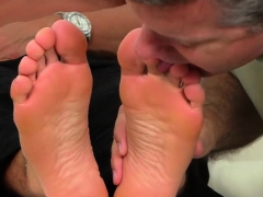 gays-in-love-with-the-feet-during-foot-fetish-xxx-home-play