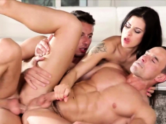 Bisexuals enjoying hardcore threesome sex
