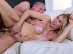 blonde milf erica lauren gets treated to a fat penis