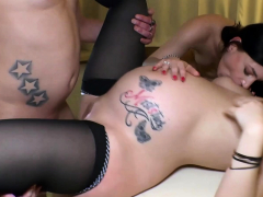 pregnant-german-mom-have-a-homemade-threesome-ffm