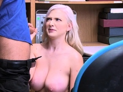 theif-emily-right-didnt-expect-dude-will-fuck-her-pussy