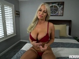 Sensual pussy eating with stepmom London Rivers