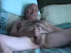 grandpa-slowely-wanks-and-cum-on-plate