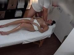 massage-parlor-her-special-massage