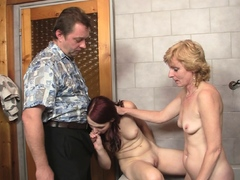 mom-licking-and-toying-her-young-hole-before-3some