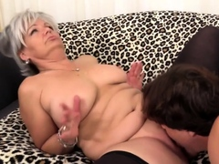 Golden Slut - Mature Cunnilingus Comp