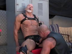 manalized-leather-hunk-dallas-steele-eats-ass-before-fucking