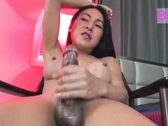 Amazing Ladyboy Thippy69 on Webcam Part 9
