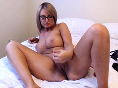 milf-alison-likes-to-play-with-pussy-on-her-own