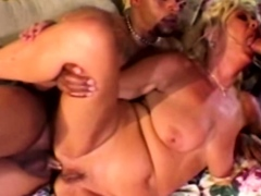 interracial-threesome-for-bored-blonde