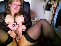 deutsch-mom-masturbation