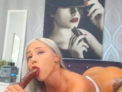 deepthroat-squirting-female-orgasm-dirty-talk