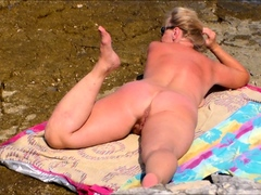 beach-hooker