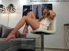 horny-american-show-her-sexy-legs-nude-pantyhose-heels-foot