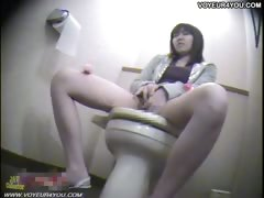 spy-toilet-room-masturbation